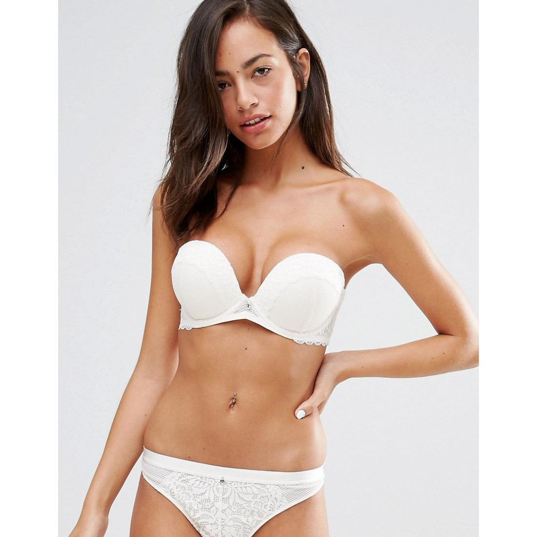 773d3a3e1b8e7 New Look Strapless Lace Push Up Bra AS918967
