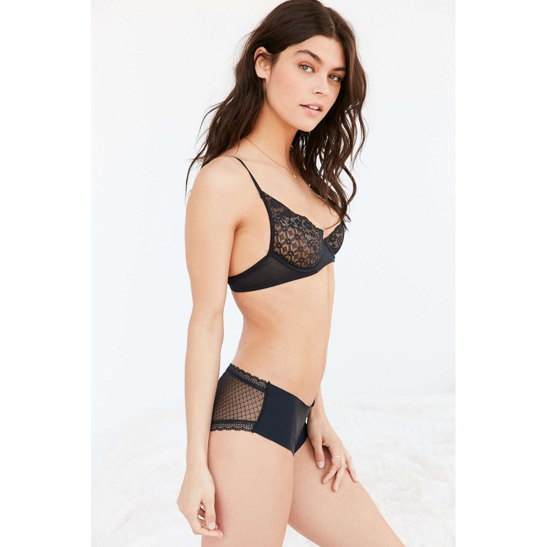 2e8bbbc1c Out From Under Carly Lace Underwire Bra UO38876058 BLACK